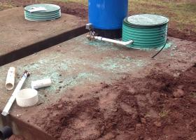 Pump and pressure tank work