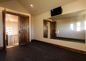Exclusive study and fitness room