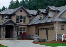 Large custom home built in Lane County